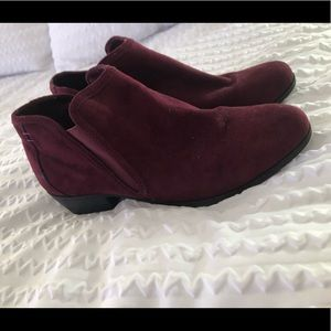 Wine colored booties